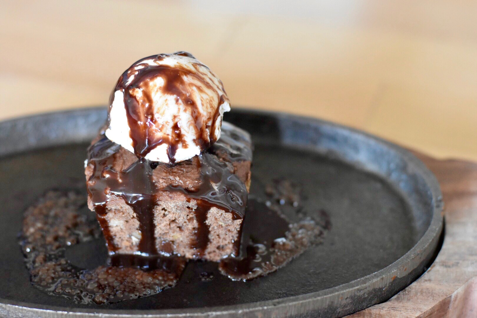 Sizzling Brownie with ice cream / Weight Watchers Brownie